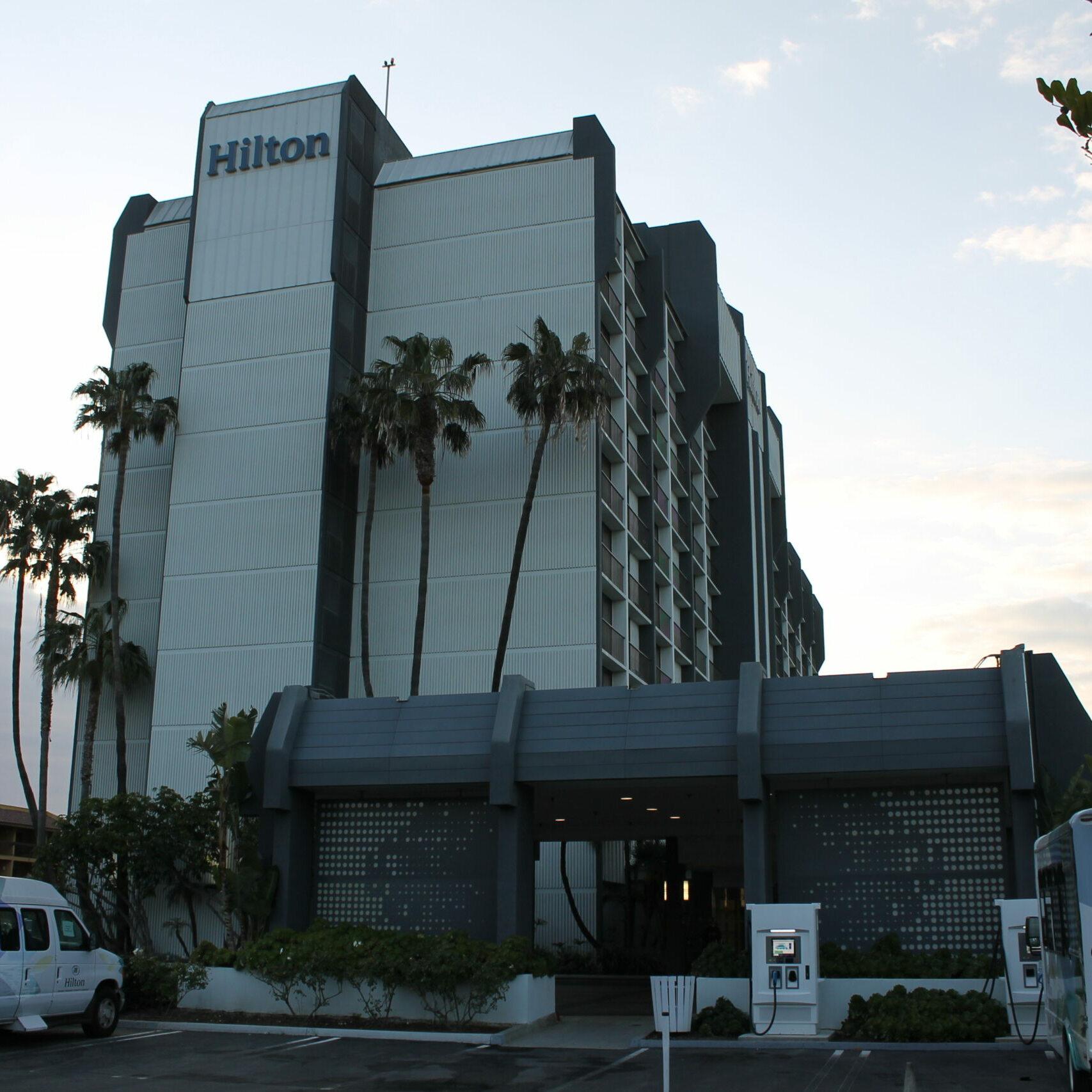 Hilton Irvine